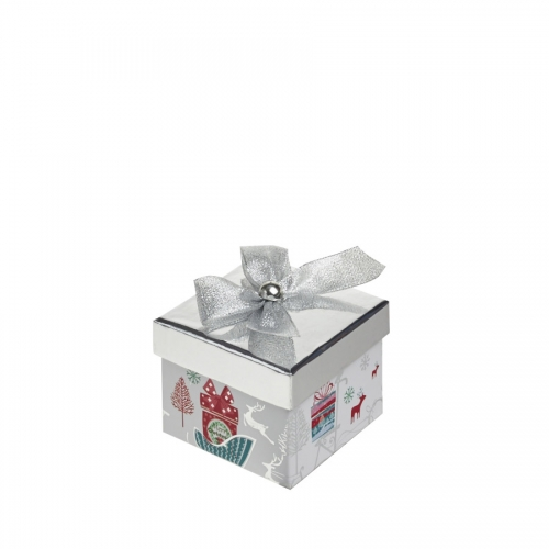 A Magical Silver Square Christmas Gift Box – Medium
